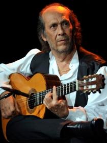 Biografía de Paco de Lucía: vida y trayectoria del mejor guitarrista de flamenco