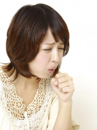Dolor de cabeza al toser