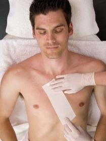¿Pueden los hombres soportar la depilación? Estos vídeos demuestran que no