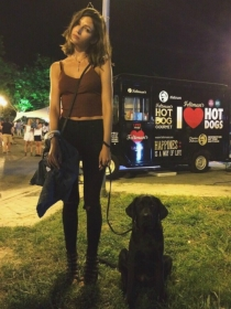 Perros de famosos: Mochi, Labrador y nueva mascota de Úrsula Corberó