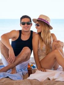 Un hechizo de amor para las primeras vacaciones de verano en pareja