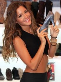 Los zapatos de Malena Costa, novia de Mario Sánchez y ex novia de Puyol