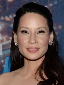 La actriz Lucy Liu pide apoyo para el matrimonio homosexual en Nueva York