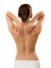 Dolor de espalda en la parte alta: causas y tratamiento