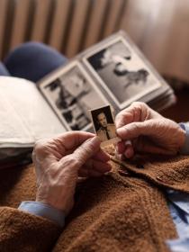 El significado de soñar con familiares fallecidos