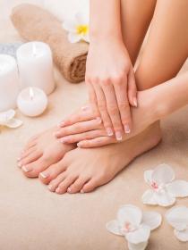 Cuida tus pies con una pedicura profesional