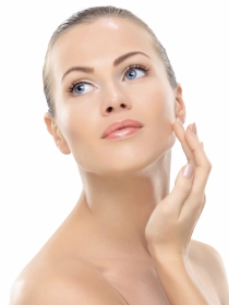 Acné, manchas, bolsas, ojeras... Tratamientos faciales para cada problema