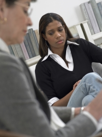 Psicólogo o psiquiatra, ¿cuál es la mejor opción para superar la depresión?