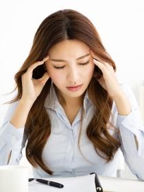 Dolor de cabeza en el lado derecho: causas más comunes