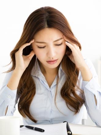 Dolor de cabeza y lado derecho