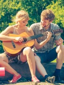 Carta de amor para romper la rutina: juega y sorpréndele
