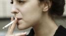 ¿Te duele la cabeza de fumar? Cómo aliviar la cefalea que genera el tabaco