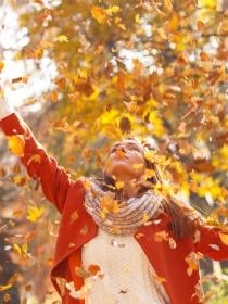 Soñar con hojas: cambio de ciclo en tus sueños y en tu vida