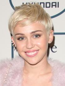 Miley Cyrus - Noticias, reportajes, fotos y vídeos