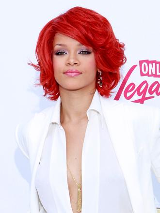 Rihanna: saca tu lado más atrevido con pelo de color