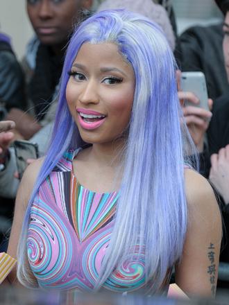 Cómo llevar extensiones de colores a lo Nicki Minaj