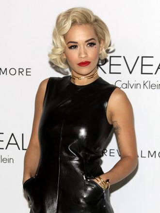 Vestidos de cuero: el lado más sexy de Rita Ora