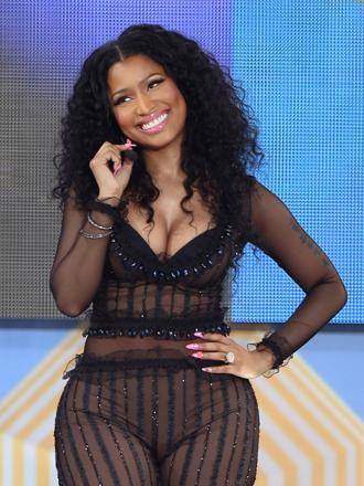 Nicki Minaj estrena perfume y figura de cera junto a Meek Mill