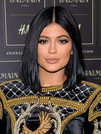 ¿Labios muy finos? Aprende a darles volumen a lo Kylie Jenner
