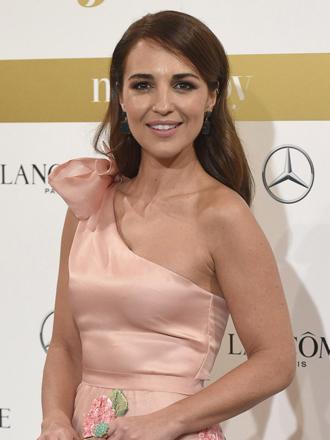Vuelvéte romántica con el vestido rosa de Paula Echevarría