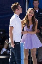 Nathan Sykes, de The Wanted, con Ariana Grande