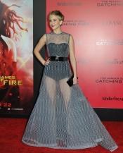 Jennifer Lawrence arde 'en llamas' con sus transparencias
