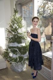 Silvia Abascal se convierte en imagen de un perfume navideño