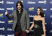 Melendi y su mujer, 'La Dama', en los Premios 40 Principales 2013
