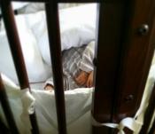Iker Casillas y Sara Carbonero muestran a su hijo Martín durmiendo la siesta