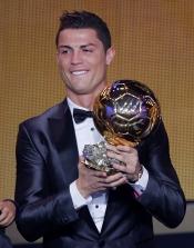 Cristiano Ronaldo no pudo contener las lágrimas al recibir el Balón de Oro