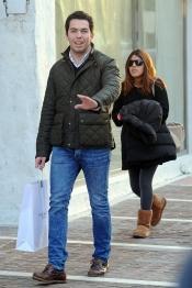 Chabelita y Alberto Isla pasean su amor por Marbella