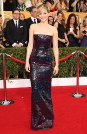 Jennifer Lawrence tampoco acertó con su look en los SAG 2014