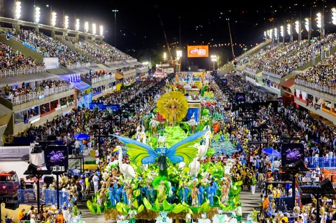 El Carnaval 2014 enciende el sambódromo de Río de Janeiro
