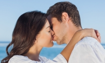 """""""¿Un beso? Un truco encantado para dejar de hablar cuando las palabras se tornan superfluas"""" Ingrid Bergman"""