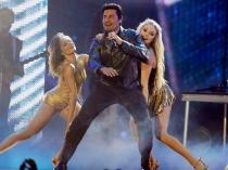 La actuación de Chayanne calentó los Latin Billboard 2014