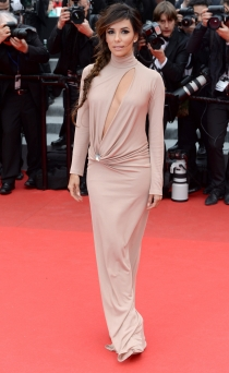 El escote más atevido en Cannes 2014, el de Eva Longoria