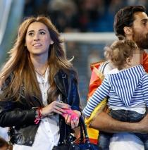 Arbeloa, junto a su mujer y su hija en la celebración del Real Madrid.