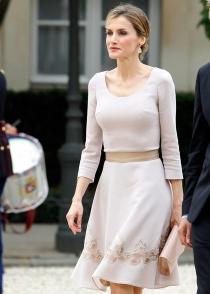 El look de Letizia en su primer viaje como reina a París