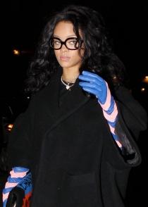 El look más ridículo de Rihanna contra el frío