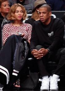 El nuevo look de Beyoncé: adiós flequillo y adiós melena