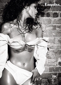 Rihanna presume de cuerpazo en Esquire