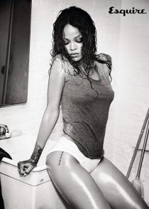 Rihanna vuelve a retar a Instagram