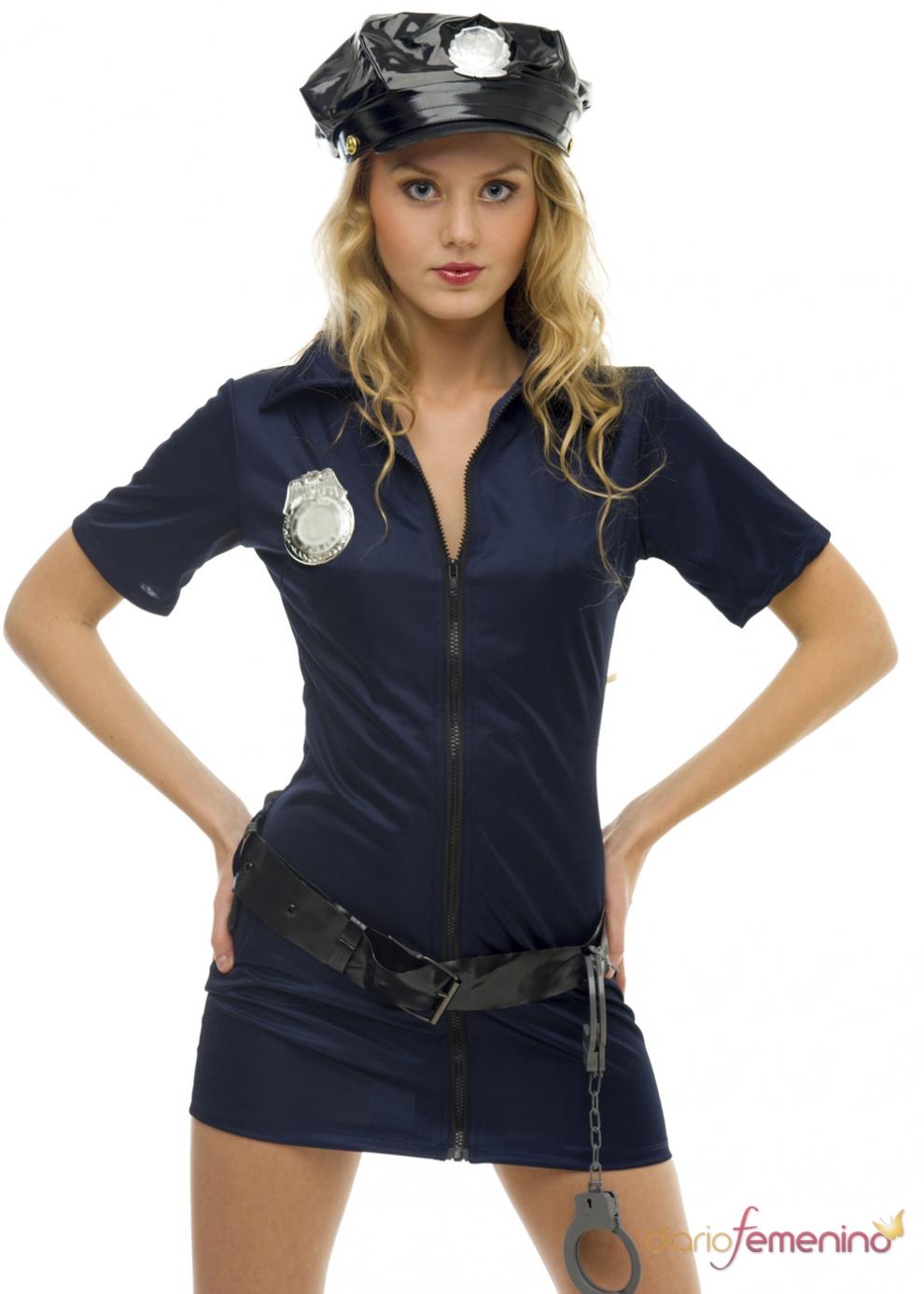 Фото молодых девочек в костюмах полиции 5 фотография