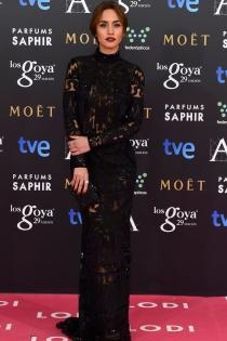 Megan Montaner apuesta por el diseño geométrico en los Goya 2015