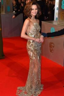Kara Tointon radiante en los Bafta 2015