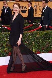 Emma Stone, todo glamour en los SAG Awards 2015