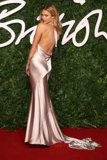 Karlie Kloss, sexy y explosiva