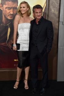 Mad Max Fury Road: Charlize Theron y Sean Penn, muy enamorados