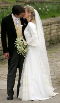 La hija de Camilla Parker Bowles se casó el 6 de mayo de 2006