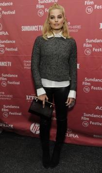 El look más informal de Margot Robbie